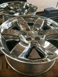 20 in gmc chrome rims Georgetown, 78626