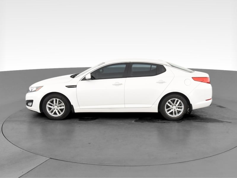 2013 Kia Optima sedan LX Sedan 4D White  11e94cc1-c947-4245-9555-793159cb18cf
