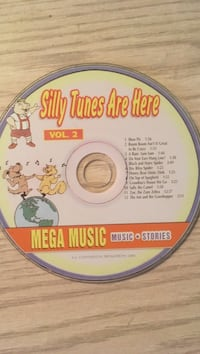 silly tunes are here mega music compact disc Montréal, H1X 1Y7