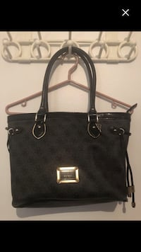 Nice guess purse must sell Montréal, H4E