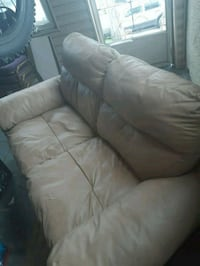 gray leather 3-seat sofa Ottawa, K1C 1G6