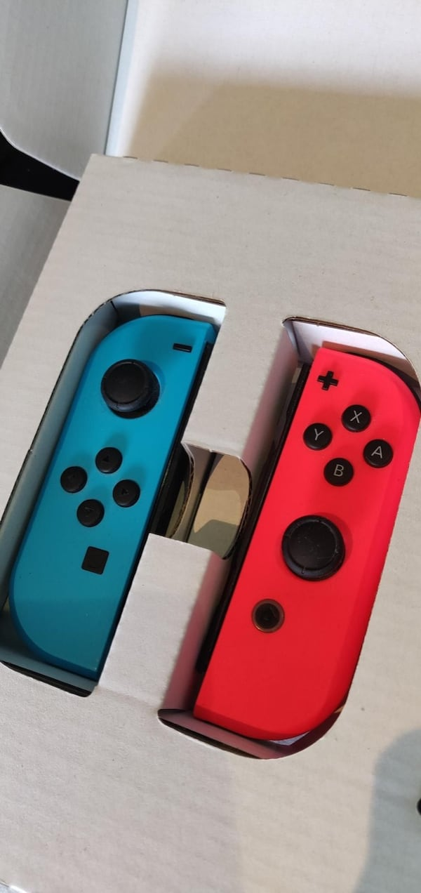 Nintendo switch selges med spill  0414177f-08e9-4d98-a475-72aeaefb286a