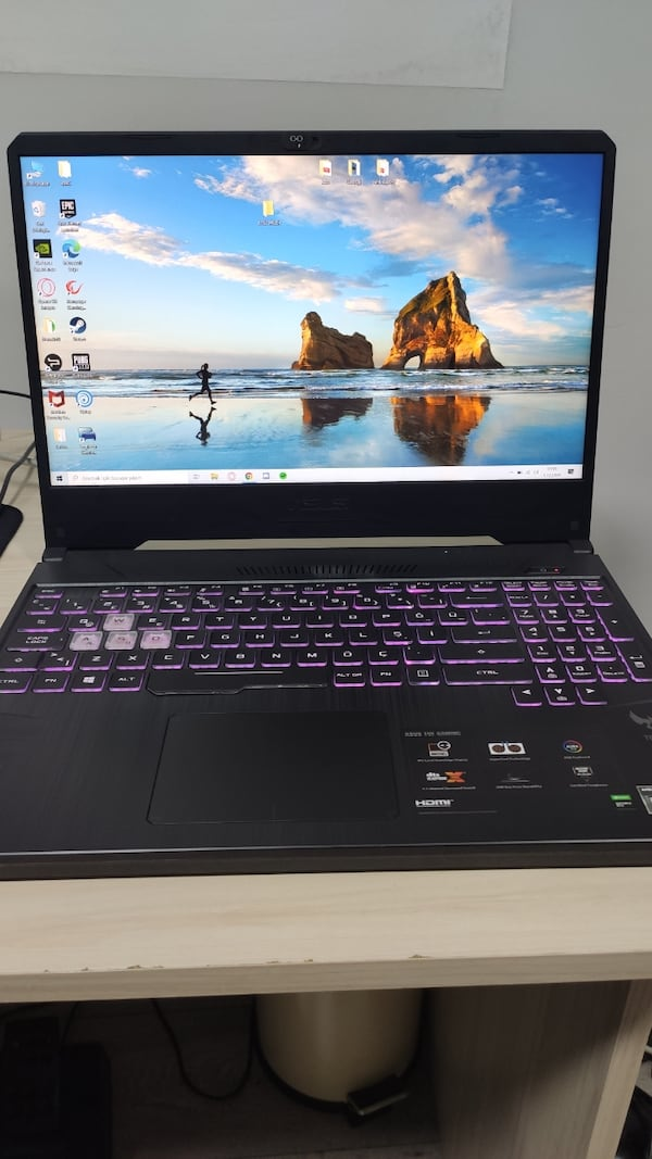 Asus Gaming Laptop a5390817-0127-4237-bf8c-df6010f16e0e
