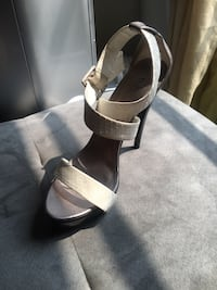 Pair of black leather open-toe ankle strap heels Toronto, M3M 2G7