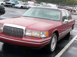 95 Classic Lincoln Town Car 99k miles