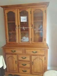 Solid Maple Hutch Barrie, L4N 4A9