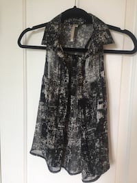 Sleeveless top, size Small Vaughan, L4L