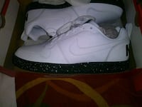 Brand new Nikes size 10 and a half Houston, 77040