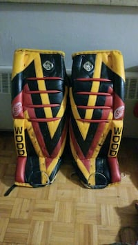 Sherwood goalie pads London