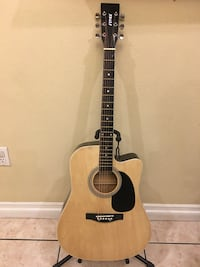 Fever acoustic guitar Cudahy, 90201