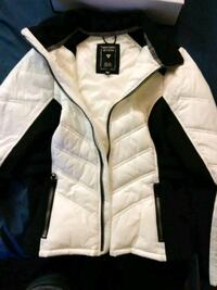 Guess womens light coat