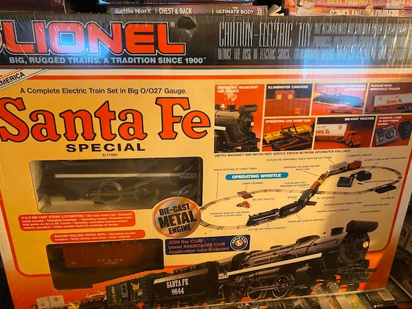 Lionel Santa Fe Special Train Set 8bdc9b76-57b4-4882-815c-abc32c2d728c