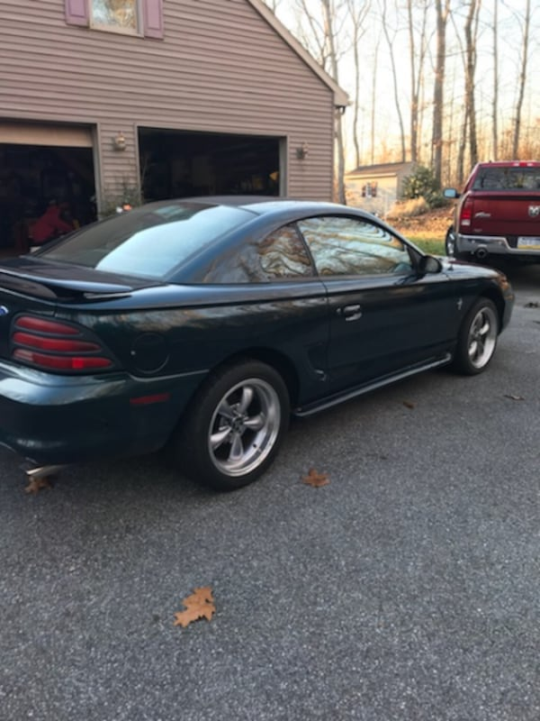 1995 Ford Mustang 5-Speed 8