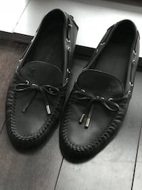 Louis Vuitton Moccasins  43 km