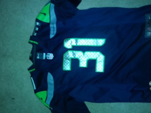 cd0dfb4e blue green and gray Seattle Seahawks number 31 jersey shirt