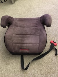 Used booster seat:$10 Alhambra, 91801
