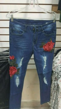 blue denim distressed fitted jeans Toronto, M3N