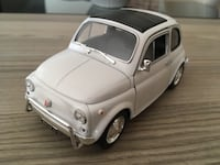 Fiat 500 1:24 diecast metal model araba  Bornova