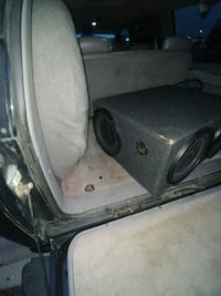 4 12 inch subs and amp Joliet, 60433