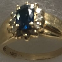 Beautiful 14K gold ring with a unique deep blue sapphire and diamonds around it great Christmas gift size 5 1/2 El Paso, 79915