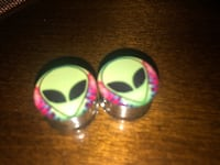 alien plugs 5/8 Riverside, 92503