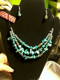 NEW. BY Betsey J.  Beads & Stones  Necklace Set Ladson, 29456