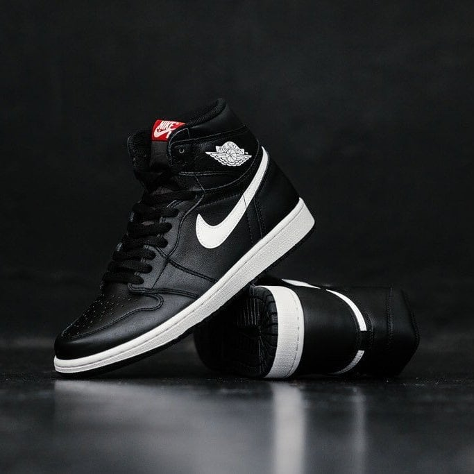 Nike Air Jordan 1 Yin Yang Black dead stock size 12.5