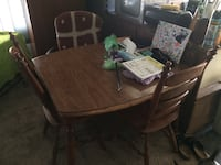 Letgo Kitchen Table With 3 Chairs In Lebanon Or