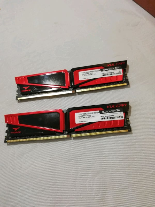 8 gb (4+4) ram 3000 mhz, ddr4, Team group Vulcan 45271d47-f2de-408a-9231-543725e3f172