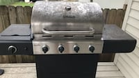 Char-broil gas grill - 4 burners. Fully function. A little dirty but otherwise in great shape. Bought 1 year ago New Orleans, 70115