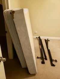 Queen Mattress with rails and box spring. Austin, 78759