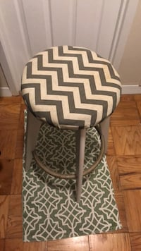 Wooden tall stool with green patterned top Bethesda, 20814
