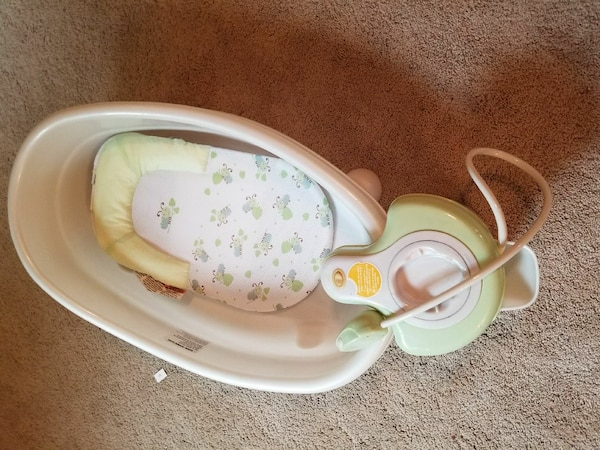 Used Baby bath and receiving bkankets for sale in Battle Ground - letgo