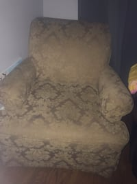 Beige and gold toned contemporary lounge chair- 100 obo 543 km