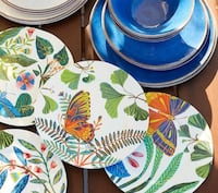 """New Williams Sonoma (Set of 4 of Each) 9"""" Plates and Matching Butterfly Fabric Napkins Washington, 20001"""