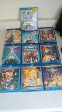 10 blueray movies, great condition... asking $60