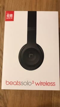 BeatsSolo3 Wireless Headphones Washington, 20003