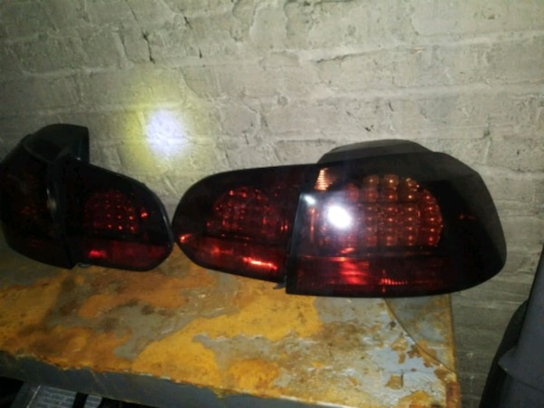 Volkswagen mk5 gti tinted tail lights ca234b2a-8255-4478-9eaa-7ede11e99979