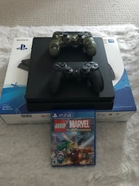 Playstation 4 1TB with 2 Controllers and 1 Game-Brand New Like Condition Ottawa, K4A 0R3