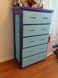 Painted chest of drawers  West Columbia, 29169