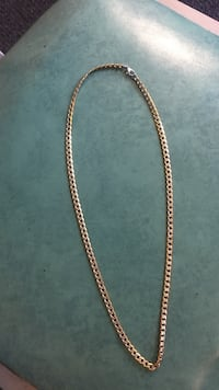 gold chain-link necklace Lakeside, 92040
