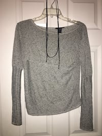 Grey mesh long sleeve top North Myrtle Beach, 29582