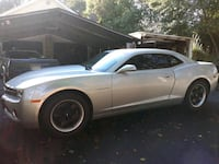 Well kept Camaro, low mileage Maryland 6