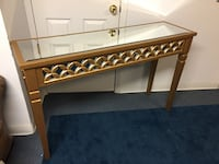 Console table  Toms River, 08755