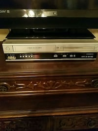 DVD VIDEO/CD PLAYER AND VHS Poinciana