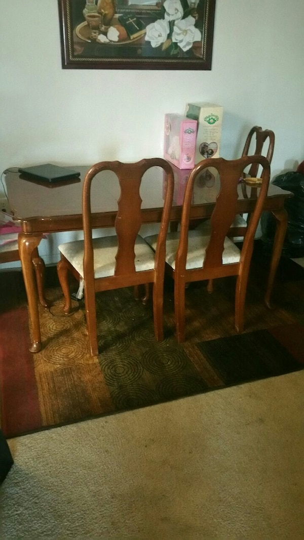 Antique Cherrywood ding table