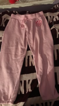 Pink sweats  Middletown, 19709