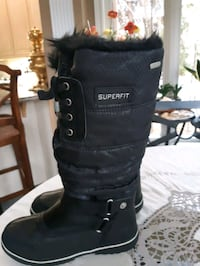 Superfit canada,strong,water proof snow boots,8 Richmond Hill, L4C 6E4