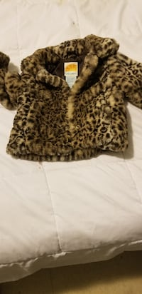 Brand new faux fur coats kids size 2 and 3 London