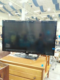 "LG flat screen 42"" Roanoke, 24016"